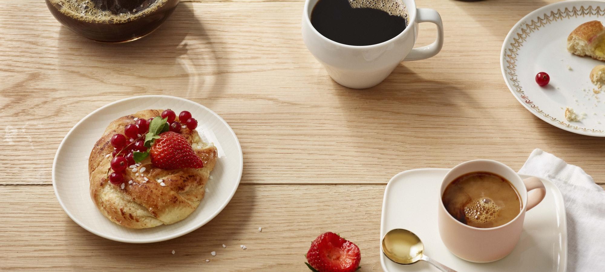 Kahvin kalorit riippuu lisukkeista