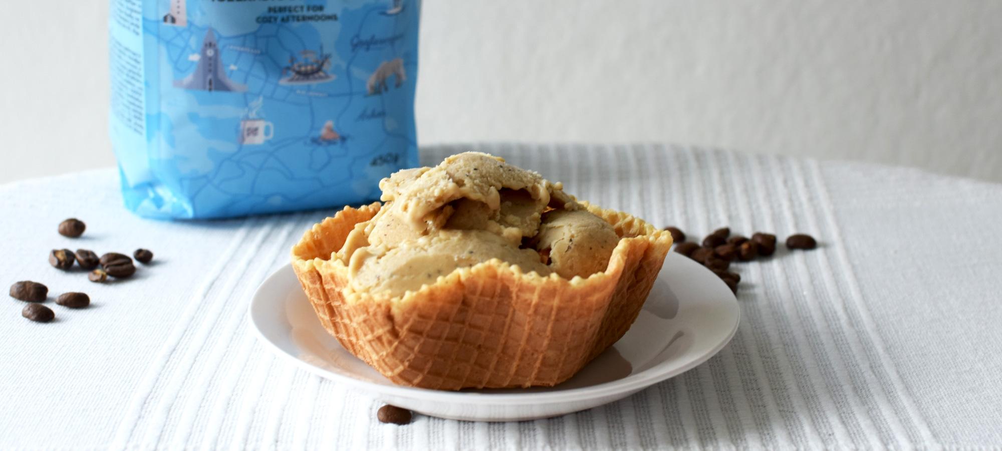 Herkullinen ja helppo kahvijäätelö valmistuu kahvipavuista ilman jäätelökonetta