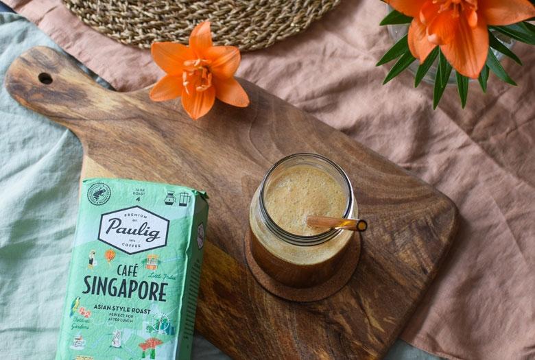 Täyteläisen suklainen kaupunkikahvi Singapore täydentää kookos frapen makumaailmaa