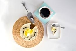 Sitruuna-lakritsiraakakakku