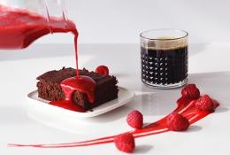 Vadelmainen brownie