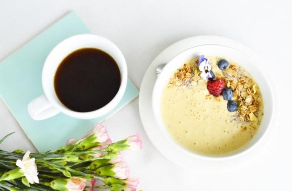 Smoothie bowl aamupala