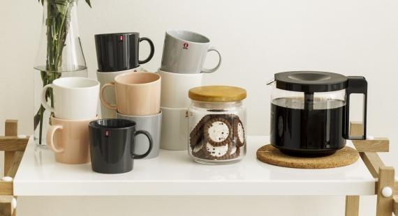 Kahvit isolle porukalle valmistuvat kätevästi kattilassa