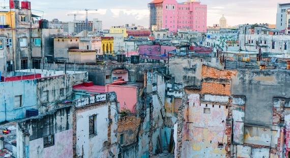 Havannan kaduille kirjojen ja elokuvien avulla